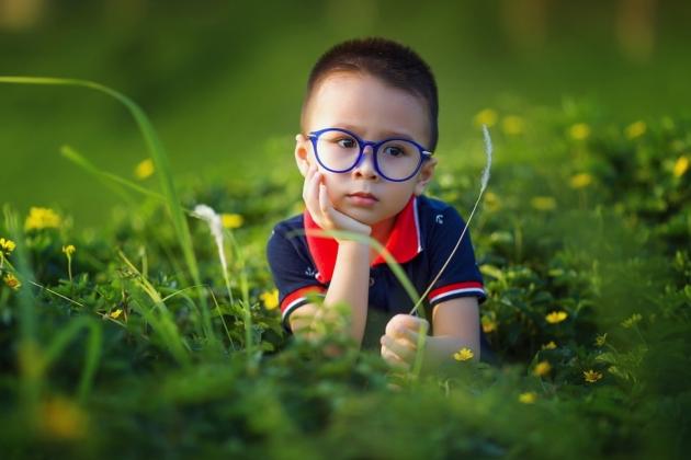 Vælg den helt rigtige brille til dit ansigt, stil og udtryk